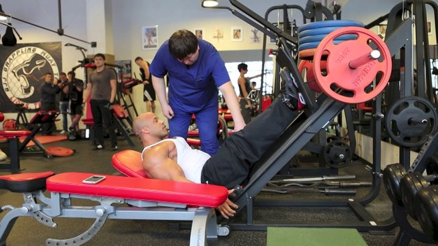 victor-martinez-leg-workout