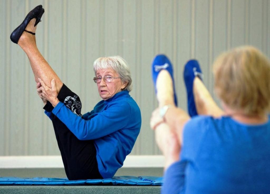 oldest-yoga-teacher